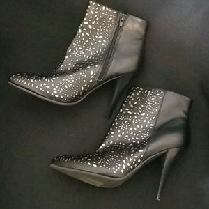 Black and Gold Cut-out Printed Booties 9